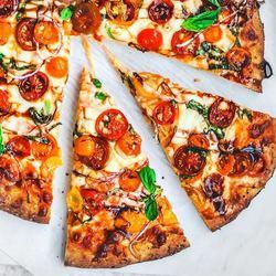Easy Bruschetta Pizza Recipe